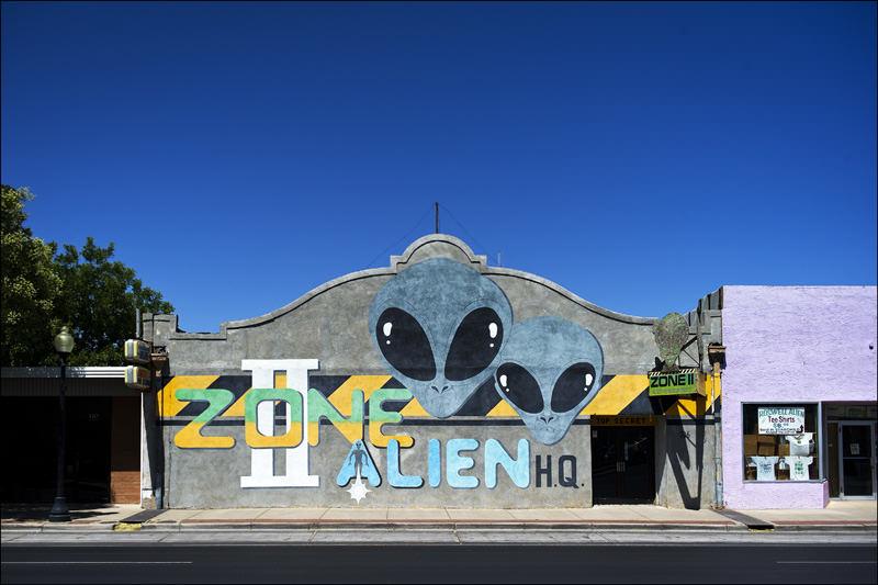evwd-alienzone_mini